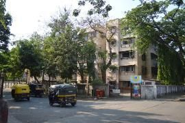 Hitesh Realtors In Mumbai Street View Spacious