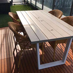 Chaise A Manger En Bois Et En Metal Nom Modele Walker Etsy Handcrafted Wood Wood And Metal Restaurant Tables