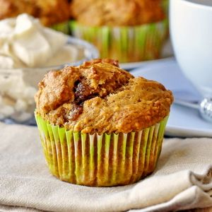 Pumpkin Spice Muffins with Maple Cream Cheese