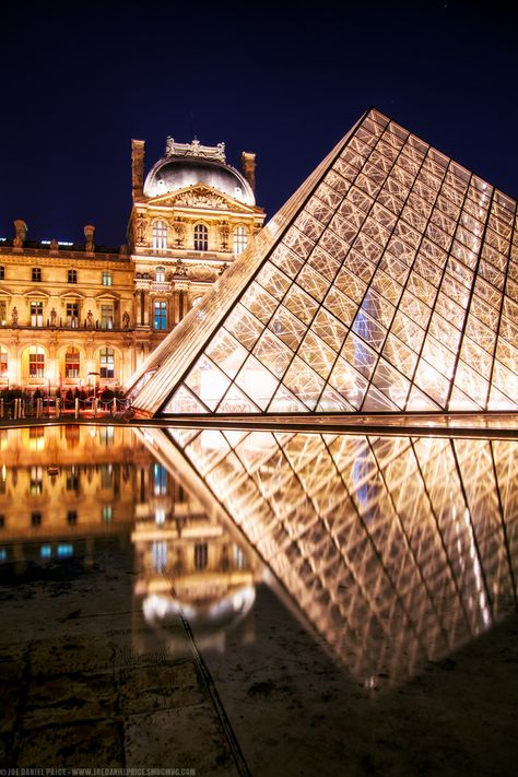 The Lourve, France.   Stone & Living - Immobilier de prestige - Résidentiel & Investissement // Stone & Living - Prestige estate agency - Residential & Investment www.stoneandliving.com