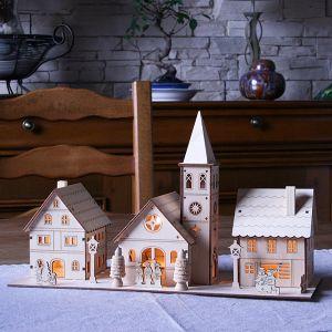 Village De Noel En Bois Village de Noël miniature en bois illuminé 3 maisons   Village de