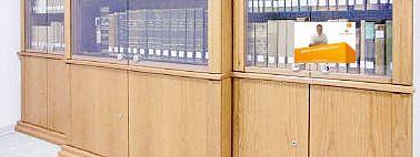 Firma Holder Metzingen Holder Andreas Schreinerei Holder Paul Schreinermeister Kunstler Aus Wurtingen Metzingen Masc Mit Bildern Schreinerei Medien Mobel Medienmobel