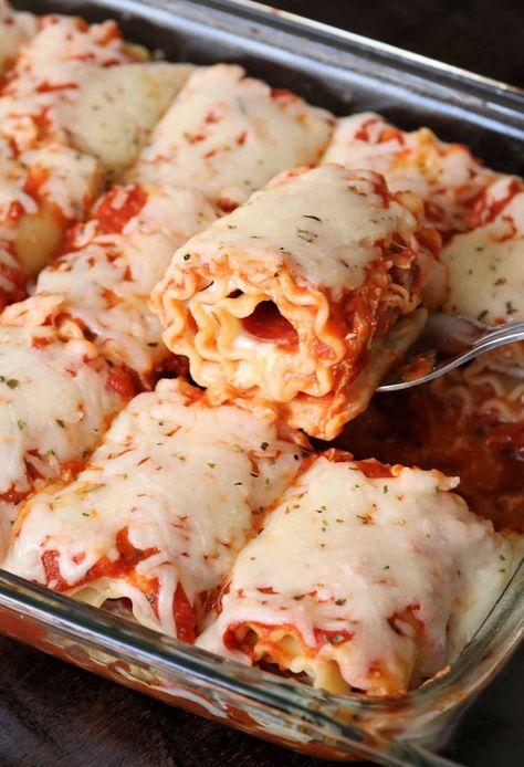Cheesy Pepperoni Pizza Lasagna Roll Ups