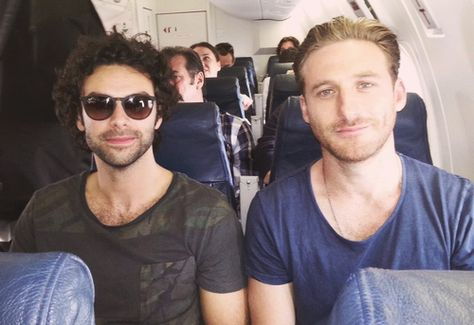 (Aidan Turner and Dean OGorman, actors playing Kili and Fili) oakenshields-a-celebration-of-fictional-life