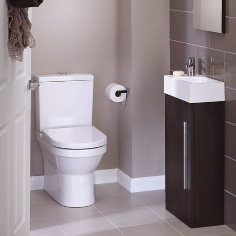colour of wall is nice. The loo is good, with flat surface all the way to the floor