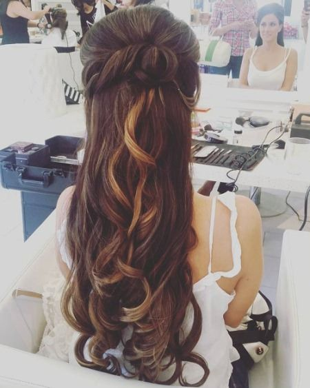 20 Best Half Up And Half Down Wedding Hairstyles Wedding Hair Down Wedding Hairstyles Updo Half Up Hair