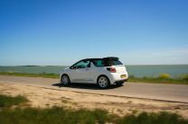 Review: Citroën DS3 Cabrio THP 155 Sport Chic, www.LoveAtFirstDrive.nl