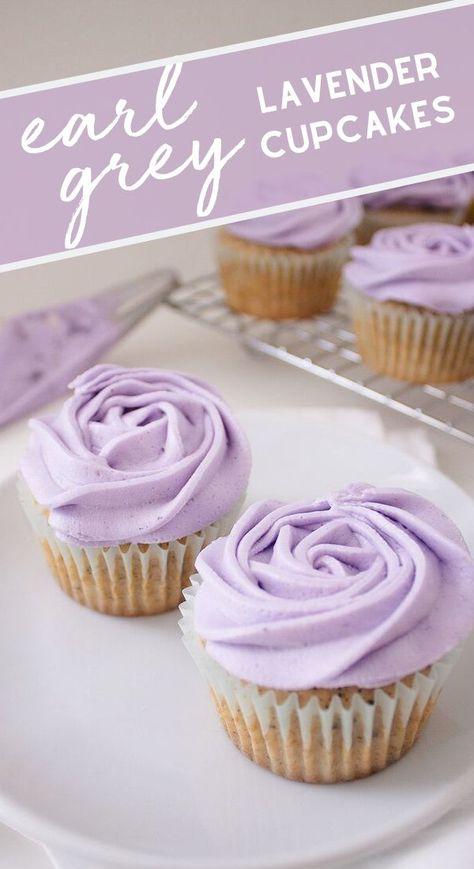 Cupcakes Earl Grey Lavender - ligeros y deliciosos, estos cupcakes Earl Grey . - Cupcakes Earl Grey Lavender: ligeros y deliciosos, estos cupcakes Earl Grey cubiertos con crema de m - Just Desserts, Delicious Desserts, Dessert Recipes, Yummy Food, Baking Recipes Cupcakes, Unique Desserts, Tea Recipes, Recipies, Tasty