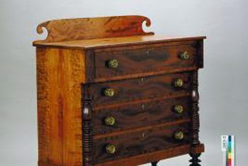How To Get Rid Of Smell In Old Wooden Drawers