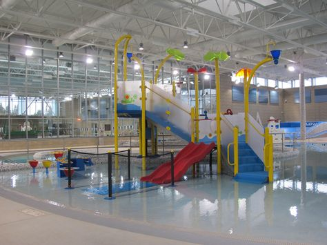 From a lazy river to a corkscrew water slide to a surf simulation machine, the new Snohomish Aquatic Center is jam-packed full of awesome activities to keep your water bugs happy and entertained.