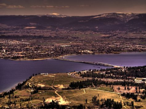 Who wouldn't want to live in or visit our great town of #Kelowna! Make sure to visit us on Facebook at https://www.facebook.com/nufloorskelowna