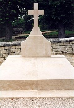 Charles De Gaulle 1890 1970 Find A Grave Photos Famous Graves Cemeteries Champagne Ardenne