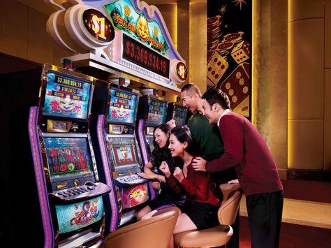 Слот это казино казино рояль смотреть трейлер на русском