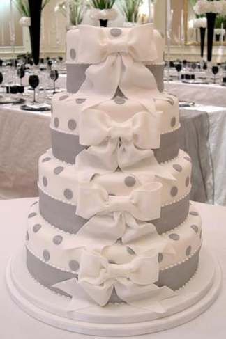 ♥ white and gray, bow, polka dot cake.
