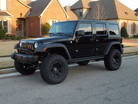 jeep wrangler--dream car. black or white