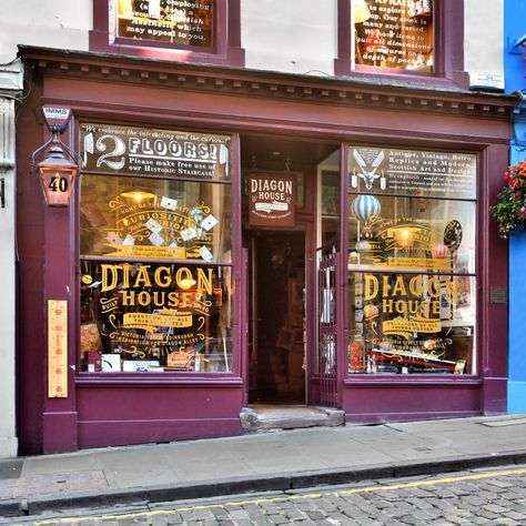 A Harry Potter Shop Has Just Opened On Edinburgh S Diagon Alley Harry Potter Shop Harry Potter Travel Scotland Vacation
