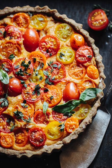 Heirloom Tomato Tart with a Walnut Base (Vegan & Gluten Free.- Heirloom Tomato Tart with a Walnut Base (Vegan & Gluten Free) – Insurgent Recipes - Heirloom Tomato Tart, Heirloom Tomatoes, Heirloom Tomato Recipes, Veggie Recipes, Gourmet Recipes, Cooking Recipes, Healthy Recipes, Delicious Vegan Recipes, Vegetarian