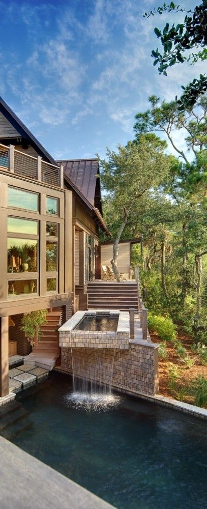"""""""Tree house"""" in Kiawah Island - Anderson Studio of Architecture and Design."""