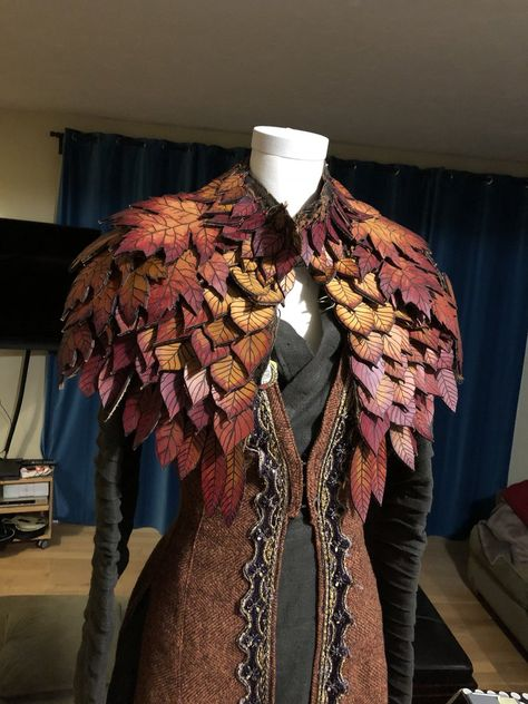 Keyleth& coat by Jessica Dru - Kostým - Burgundy Shoes, Fantasy Dress, Fantasy Clothes, Fantasy Outfits, Character Outfits, Larp, Costume Design, Cool Outfits, Dress Up
