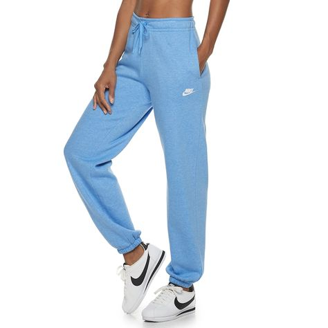 Meet your new go-to sweats with these women's fleece pants from Nike. Cute Sweatpants, Sweatpants Outfit, Cute Pants, Comfy Pants, Nike Outfits, Sporty Outfits, Cute Lazy Outfits, Square Pants, Family Picture Outfits