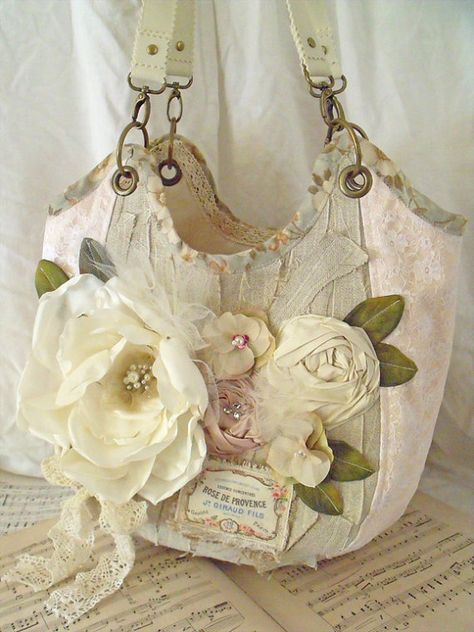 Beautiful floral tote with handmade flowers♥