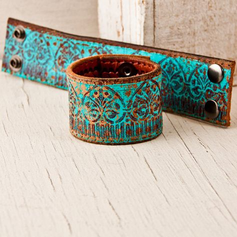 Turquoise Bracelet / Leather Jewelry Cuff