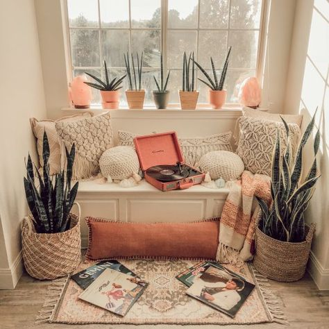 Miks has lived in 11 different apartments in the last 8 years, but she and her husband have recently found this home to raise a family in. decoration First-Time Home Buyers Make a Desert Boho Dallas House