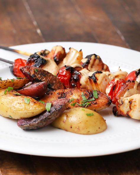 It's time to get grilling because these chicken skewers are perfect for any summer occasion! Private Selection has an assortment of premium ingredients that you can use to celebrate grilling season with this flavorful dish.