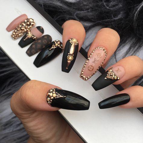 Louis Vuitton Press on Nails