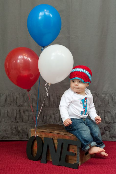 Baby+boy+Dr+Seuss+first+birthday+outfit+onesie+and+by+mmhandmades,+$24.95
