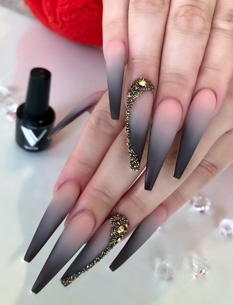 pink and black ombre nails, Hottest and trendy ombre coffin nails, natural coffin nails, coffin nail Black Ombre Nails, Nails Yellow, Gradient Nails, Gel Nails, Nail Manicure, Galaxy Nails, Nail Polish, Casual Nails, Stylish Nails