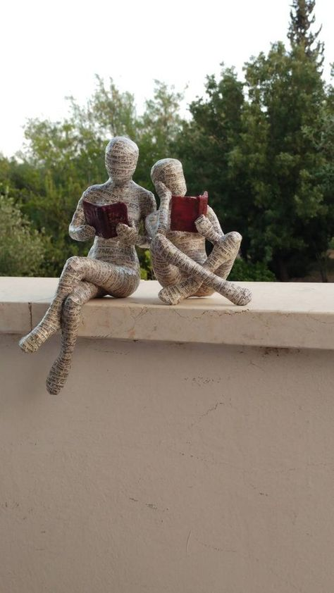 Reading woman paper mache collectible oak sculpture shelf decoration cross-legged sitting woman custom-made