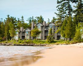 Door County Hotels Resorts Glidden Lodging In Sturgeon Bay Wi Door County Wisconsin Lodging Beachfront Vacation Lake Michigan Beaches