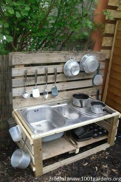 Znalezione Obrazy Dla Zapytania Blotna Kuchnia Beautiful Outdoor Furniture Mud Kitchen Diy Furniture