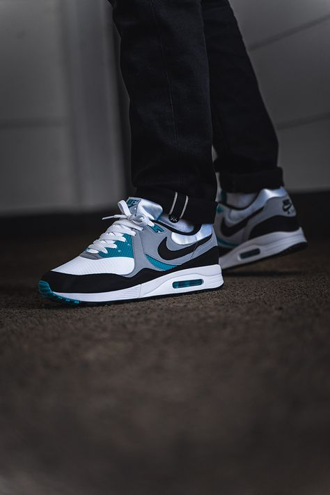 Nike Air Max Light Spirit Teal AO8285 103 in 2019 | Nike