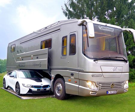 Car Carrying Luxury Mobile Home Luxury Mobile Homes Mobile Home
