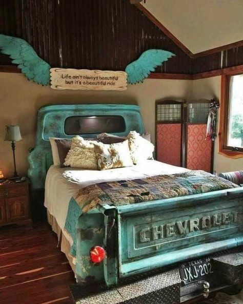 ︎ What a cool bed! ︎ . . What do you think? Would you do this? I think it be so ...-#chevy #oldtruck #pinterestfind #ranchy #rustic #rusticbedroom #rusticdecor #truckbed #turquoise #unique