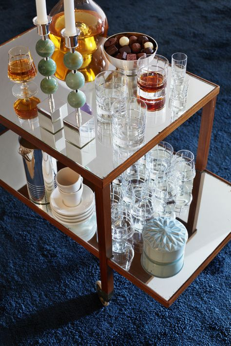 SOFFBORD, med glasskiva, 'Madelaine', samtida. Bukowskis