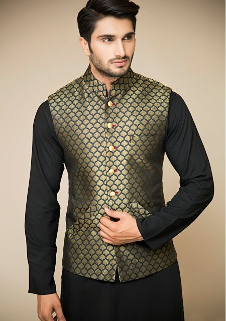 Latest Mehndi Dresses for Men 2019 Best Collection