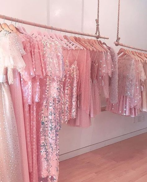 Imagen de pink, aesthetic, and dress aesthetic pink aesthetic, pink fashi. Bedroom Wall Collage, Photo Wall Collage, Picture Wall, Pink Love, Pretty In Pink, Sfs Instagram, Mode Rose, Princess Aesthetic, Pink Photo