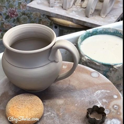 Learn how to make and attach fabulous handles to your pottery mugs. ClayShare has over 200 online pottery classes, thousands of videos, weekly live broadcasts, templates, glaze recipes and more. Sign up for free and starting making pottery today! #PotteryKitsforKids