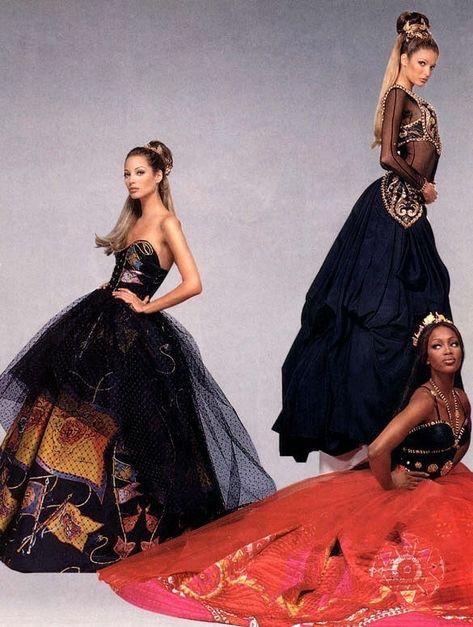 "Stephanie Seymour, Christy Turlington & Naomi Campbell ""Sorelle Di Taglia"" Vogue Italia, 1992 Photographed by Patrick Demarchelier"