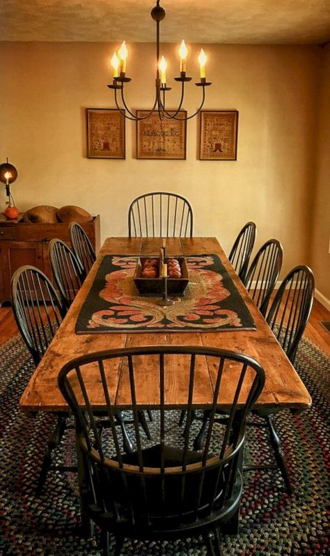 41 Captivating Rustic Dining Room Designs You Cant Miss Out. Rustic dining room tables give an impression of ruggedness to any observer. However, a rustic table is attractive because of that. Country Dining Rooms, Decor, Primitive Dining Rooms, Rustic Dining, Farmhouse Dining Room Table, Dining Room Design, Rustic Dining Room, Home Decor, Dining