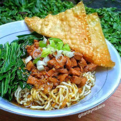 Mungkin Anda Doyan Makan Mie Ayam Maka Bergembiralah Saya Akan Posting Paling Tidak 5 Resep Mie Ayam Lezat Hari Ini Food Food Receipes Indonesian Food