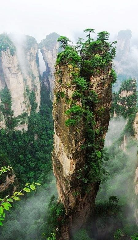 Hallelujah Mountains, China - These Chinese mountains are the inspiration for creating the environment in the movie Avatar and they are wonder of nature. (Mother Nature, never ceases to amaze moi! Zhangjiajie, Places To Travel, Places To See, Places Around The World, Around The Worlds, Chinese Mountains, Exotic Places, Natural Wonders, Amazing Nature
