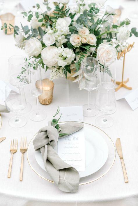 Wedding Table Decorations, Decoration Table, Wedding Centerpieces, Reception Table, Wedding Reception, Wedding Stage, Gown Wedding, Budget Wedding, Elegant Wedding