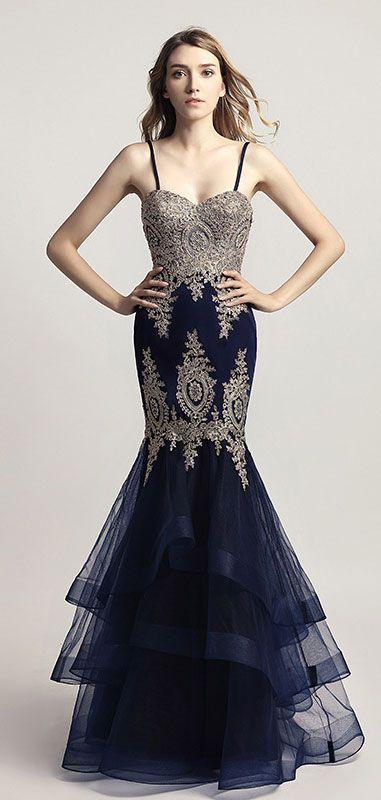 5cac99d74454c robe de gala bleu sirène 2019 avec bretelle fine appliqué de guipure ...