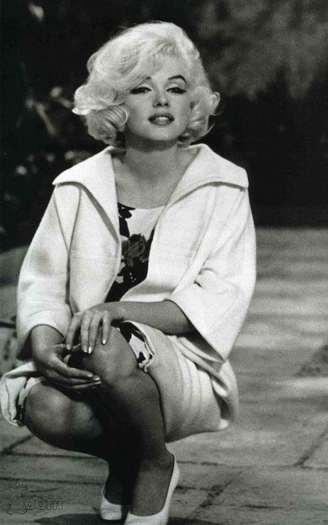 Marilyn Monroe Photos, Marylin Monroe, Marilyn Monroe Hairstyles, Marilyn Monroe Outfits, Cinema Tv, Cinema Movies, Dean Martin, Norma Jeane, Old Hollywood