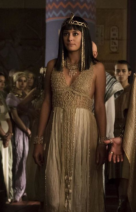 Extremely salty about ancient dead Kings, Tut Costumes - Ankhesenamun's Gown With A Gold Top.