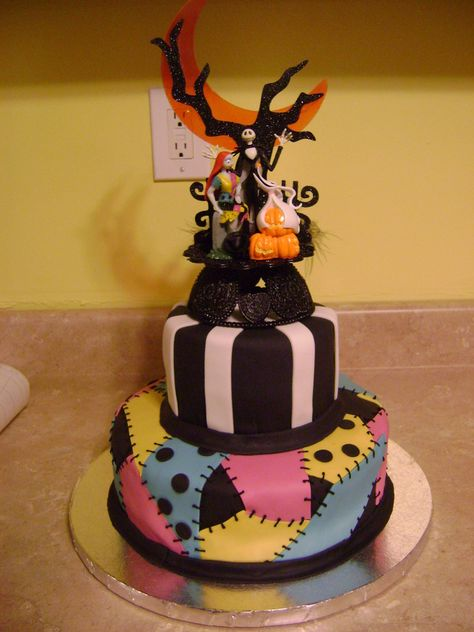 nightmare before christmas wedding cake halloween - Nightmare Before Christmas Birthday Decorations